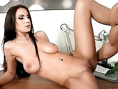 Roxy Taggart Sucking Like It Aint No Thing In Oral Job Activity With Hot Blooded Man  - Pornalized.com Hook-up Vid