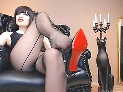 Mistress High-heeled Shoes Joi And Faux-cock Suck Instructions