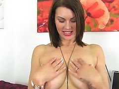 Brit Mummy Raven Gets Creamy For Her Fake Penis
