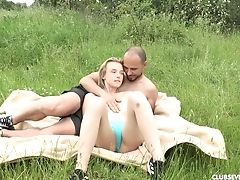 Wild Outdoors Fuckibg With Skinny Blonde First-timer Candy Nubile