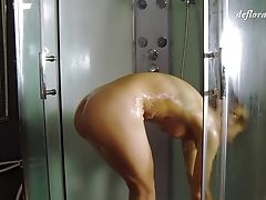 Voluptuous Honey Simply Loves Pleasing Her Twat In The Bathroom