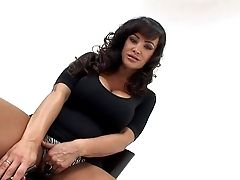 Lisa Ann And Her Gorgeous Babe Chick Alma Blue Love