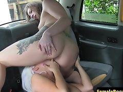 Tattooed Cabbie Les Pussylicking Dyke Honey