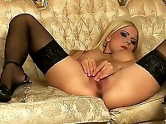 Enrapturing Blonde Tiara Bell With Succulent Hooters And Raw Make Up In Stockings And High High-heeled Slippers Frigs Her Minge