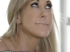 Cougar Lecturer Brandi Love Munched By Lez Student In Office