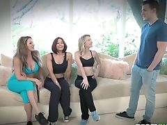Cougar Farrah Dahl And Her Sport Gfs Fuck One Sexy Sport Instructor
