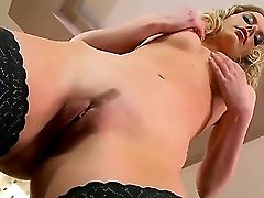 Leave Behind About Other Stuff And Relieve With Marilyn Cole Right Now! Witness Cool Beauty Posing In Her Black Stockings And Black High Stilettos Mak