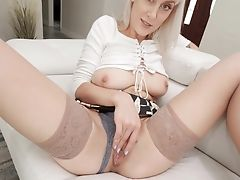 Hot And Alluring Buxom Cougar Maxim Law Loves Playing With Cupcakes And Vulva