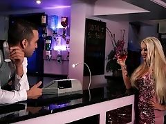 Inviting Blonde Gets Her Dose From The Bartender