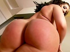 Revved On Dark-haired Kelly Divine With Enormous Jaw Ripping Off Arse